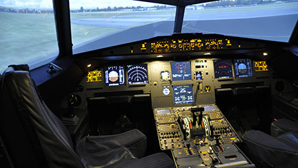 70 Minute Flight Simulator Experience in Cheshire