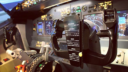 30 Minute Boeing 737 Simulator Flight in London