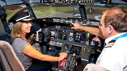 45 Minute Boeing 737 Simulator Flight in London