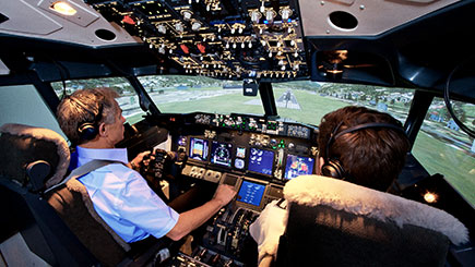 90 Minute Boeing 737 Simulator Flight in London