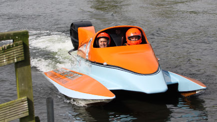 Two Seater F1 Powerboat Thrill in Wyboston