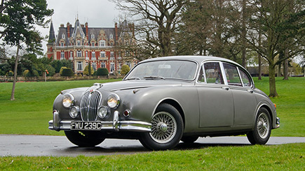 Jaguar Mk2 Country Drive