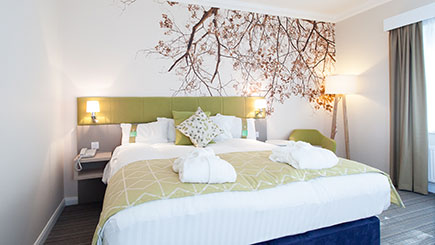 One Night Sunday Spa Break For Two  Corby