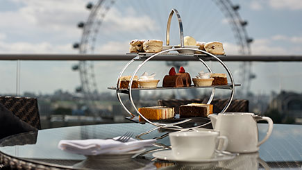 Houses of Parliament Tour, Thames River Cruise and Tea at a Park Plaza for Two