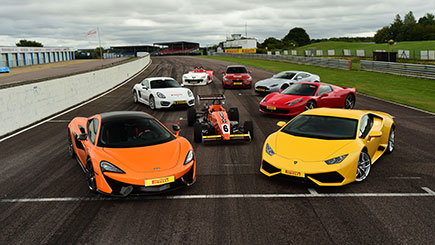 Supercar Driving Experience >> Ultimate Supercar Driving Experience At Thruxton