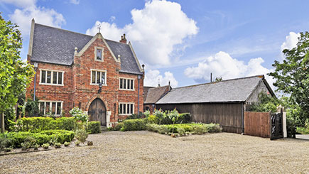 Gothic Manor House Retreat for Two at Manor Court