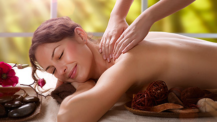 City Pamper Massage And Manicure In Aberdeen