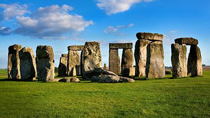 Luxury Coach Tour to Stonehenge for Two