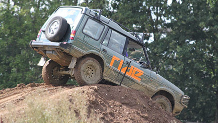 4x4 Off Road Driving Experience in Bedfordshire