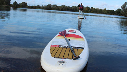 60 Minute Paddleboarding For Two In Bedfordshire