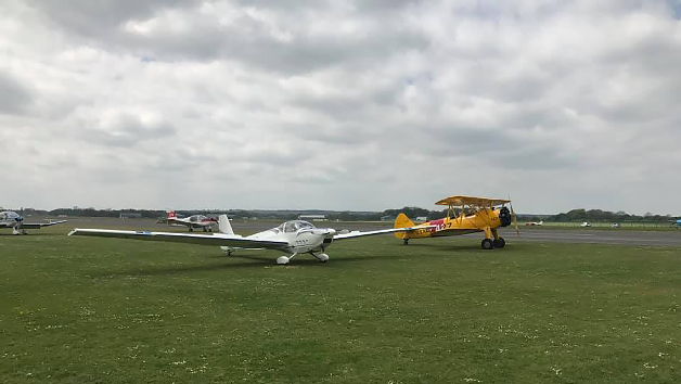 30 Minute Light Aircraft Fight At Southwest Motor Gliders For One