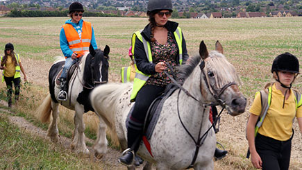 Horse Riding and Lunch in Bedfordshire for Two