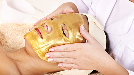 Champneys Collagen Gold Facial