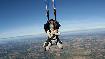 7,000 feet Tandem Skydive in Suffolk