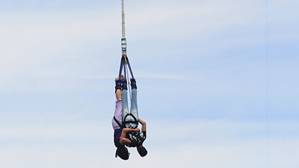 Tandem Bungee Jumping Photo 1