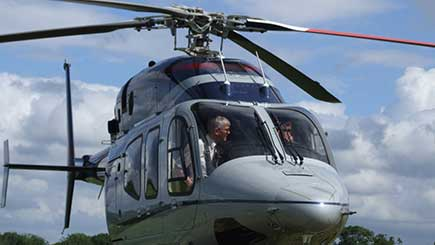 Couple's Manchester Helicopter Tour with Lunch