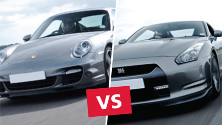 Porsche 911 vs Nissan GT-R at Mallory Park