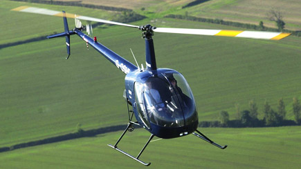 15 Minute Helicopter Flight with Lunch in Warwickshire