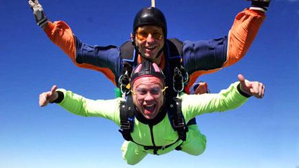 7,000 Feet Tandem Skydive In Peterborough