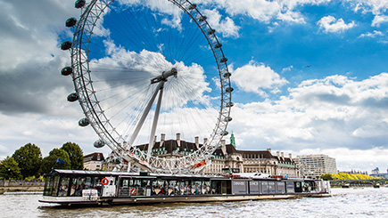 Buy Bateaux London Thames Lunch Cruise