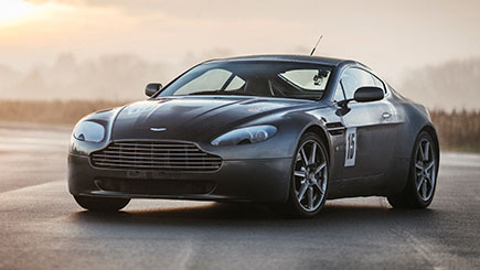 Aston Martin V8 Vantage Thrill