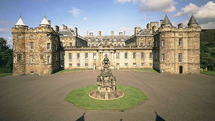 Palace Of Holyroodhouse And Vintage Bus Afternoon Tea For Two