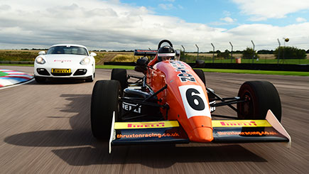 Motor Racing at Thruxton