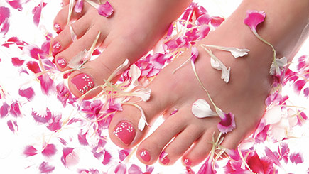 Deluxe Manicure And Pedicure In London