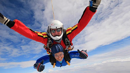 Tandem Skydiving In Swansea